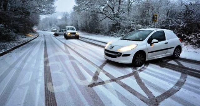consigli-guidare-neve-ghiaccio